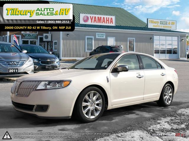 2010 LINCOLN MKZ LUXURY. LEATHER. LOADED. BLUETOOTH. in Tilbury, Ontario