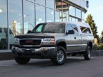 2003 GMC Sierra 2500  6.0L Engine | Long Box 8ft | HD Trailering Package in Kamloops, British Columbia