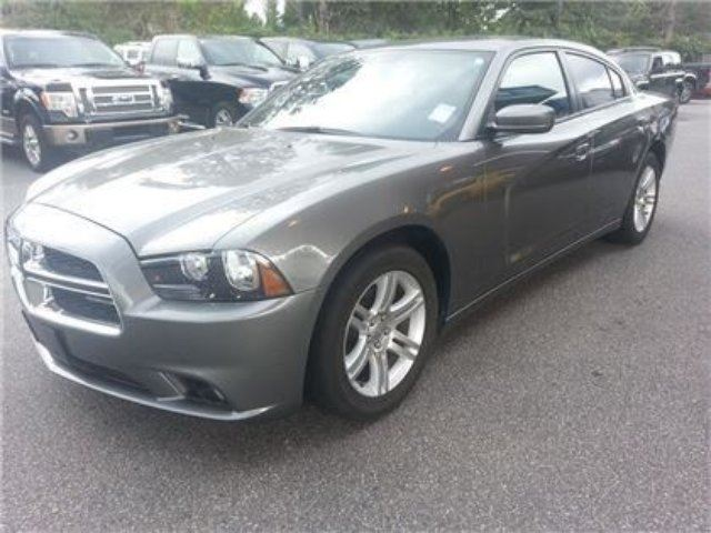 2011 dodge charger sxt with sunroof maple ridge british columbia used car for sale 1860524. Black Bedroom Furniture Sets. Home Design Ideas