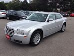 2010 Chrysler 300 Touring in Hamilton, Ontario