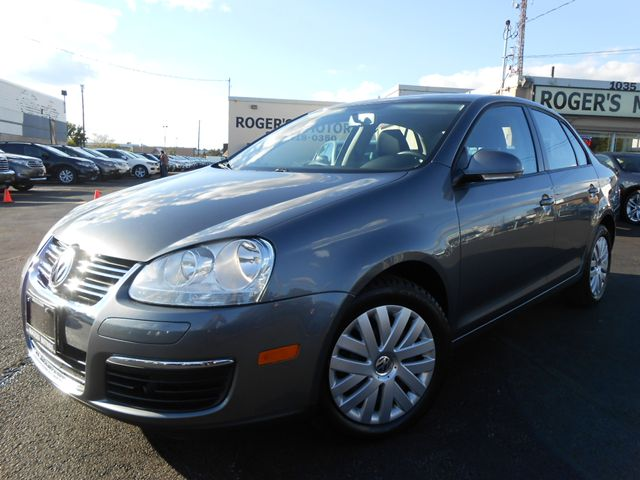 2010 volkswagen jetta tdi trendline power pkg. Black Bedroom Furniture Sets. Home Design Ideas