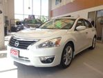 2013 Nissan Altima 3.5 SV LEATHER in Milton, Ontario