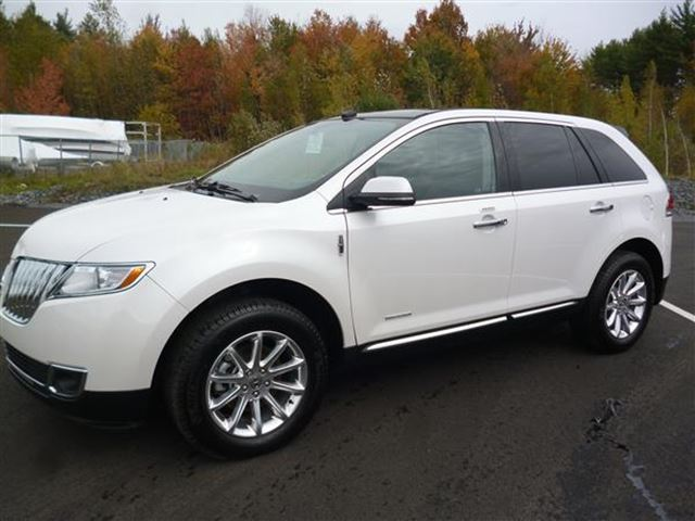 2013 lincoln mkx awd limited blanc albi le geant joliette. Black Bedroom Furniture Sets. Home Design Ideas