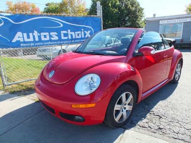 2006 volkswagen new beetle 2 5 2dr convertible red autos choix. Black Bedroom Furniture Sets. Home Design Ideas