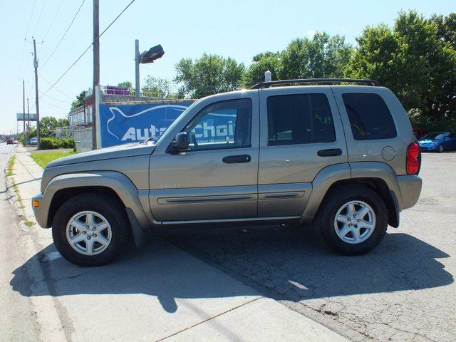 2004 jeep liberty sport 4dr 4x4 longueuil quebec car. Black Bedroom Furniture Sets. Home Design Ideas