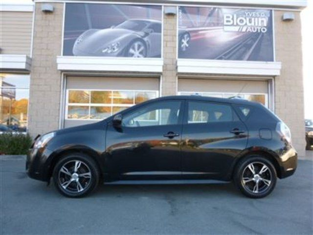 2009 pontiac vibe base sainte marie quebec used car for. Black Bedroom Furniture Sets. Home Design Ideas