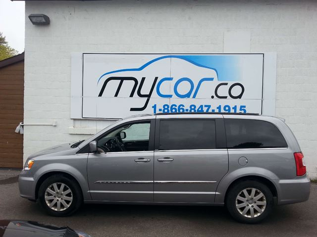 2013 chrysler town and country touring kingston ontario used car for sale 1906378. Black Bedroom Furniture Sets. Home Design Ideas