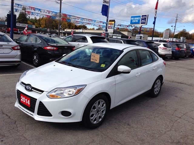 2014 ford focus se niagara falls ontario used car for sale 1910385. Black Bedroom Furniture Sets. Home Design Ideas