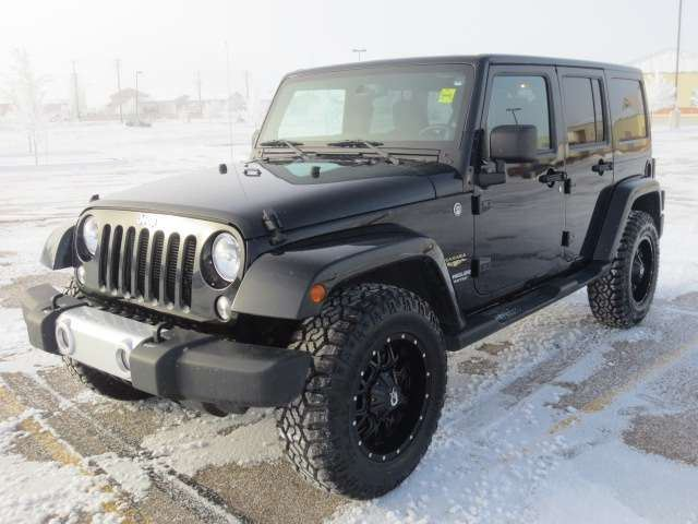 2014 jeep wrangler unlimited sahara 4x4 medicine hat. Black Bedroom Furniture Sets. Home Design Ideas