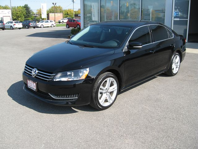 2014 volkswagen passat comfortline alliston ontario car. Black Bedroom Furniture Sets. Home Design Ideas