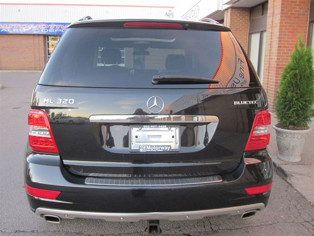 2009 mercedes benz m class bluetech mississauga ontario for 2009 mercedes benz m class