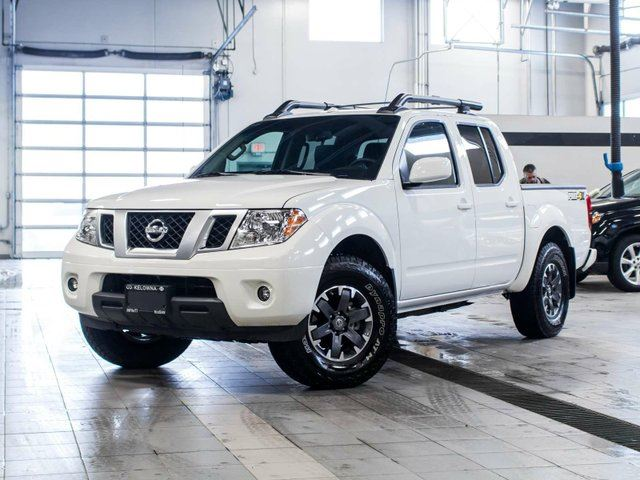 2015 nissan frontier crew cab pro 4x 4x4 with leather package white kelowna infiniti nissan. Black Bedroom Furniture Sets. Home Design Ideas
