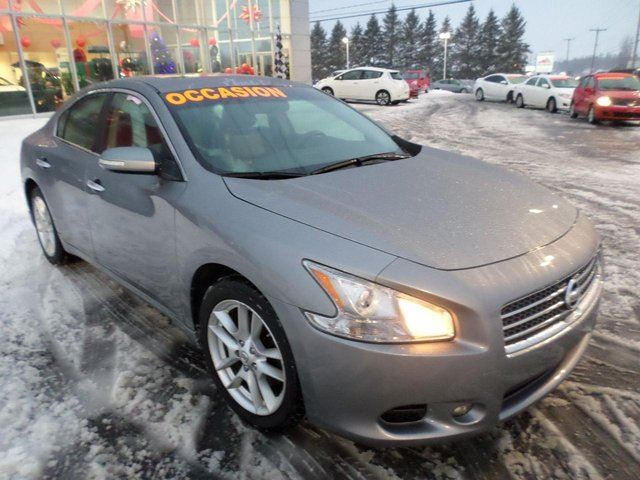 2009 nissan maxima sv sherbrooke quebec car for sale 1935207. Black Bedroom Furniture Sets. Home Design Ideas