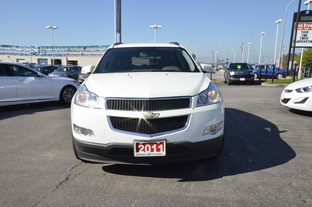 used 2011 chevrolet traverse lt awd whitby. Black Bedroom Furniture Sets. Home Design Ideas
