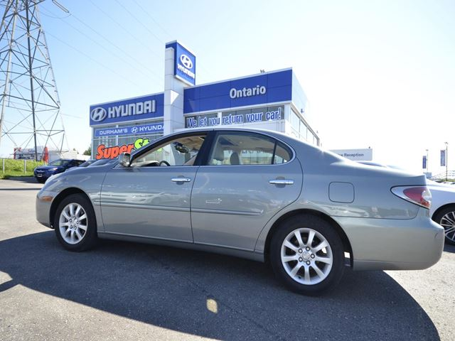 2003 LEXUS ES 300           in Whitby, Ontario