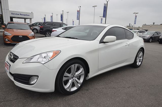 2012 hyundai genesis 2 0t premium manual whitby ontario car for sale 1938442. Black Bedroom Furniture Sets. Home Design Ideas