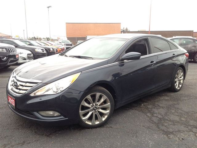 2013 hyundai sonata limited leather heated seats power sunroof in mississauga ontario. Black Bedroom Furniture Sets. Home Design Ideas