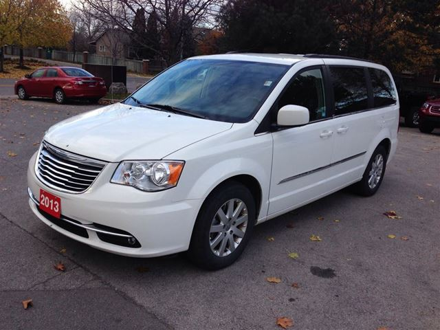 chrysler town country photos prices reviews specs the car