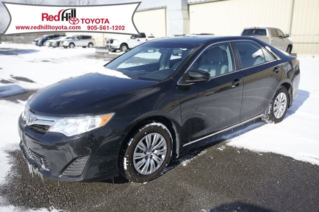 2013 toyota camry le attitude black red hill toyota thespec. Black Bedroom Furniture Sets. Home Design Ideas