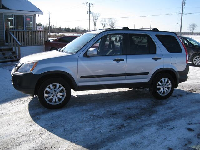 2006 honda cr v ex in vars ontario. Black Bedroom Furniture Sets. Home Design Ideas
