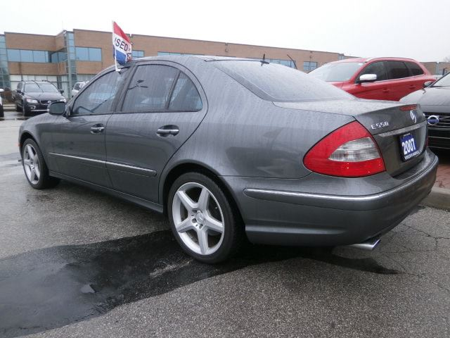 2007 mercedes benz e class e550 4matic oakville ontario for 2007 mercedes benz e550