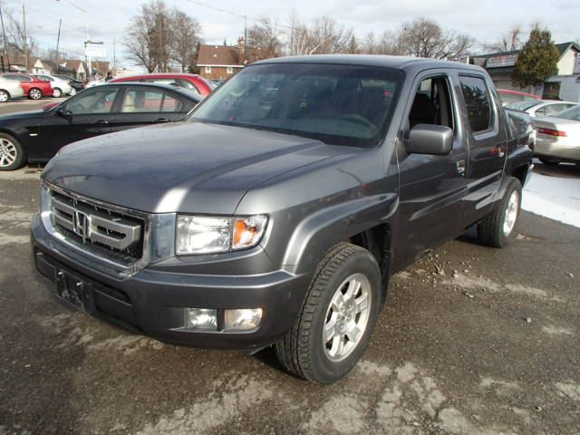 2011 honda ridgeline vp 4wd brampton ontario used car for sale 1992967. Black Bedroom Furniture Sets. Home Design Ideas