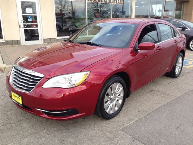 2012 chrysler 200 lx low kms gold plan extended warranty in hamilton. Cars Review. Best American Auto & Cars Review