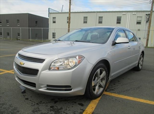 2009 chevrolet malibu grey capital pre owned. Black Bedroom Furniture Sets. Home Design Ideas