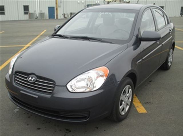 2009 hyundai accent grey capital pre owned. Black Bedroom Furniture Sets. Home Design Ideas