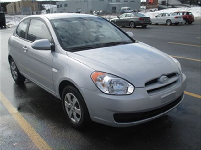 2009 hyundai accent fwd st john 39 s newfoundland and. Black Bedroom Furniture Sets. Home Design Ideas