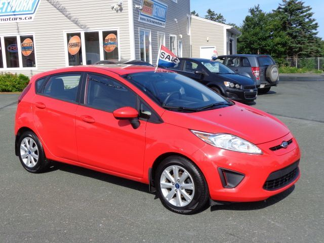 2013 ford fiesta se hatchback st john 39 s newfoundland. Black Bedroom Furniture Sets. Home Design Ideas