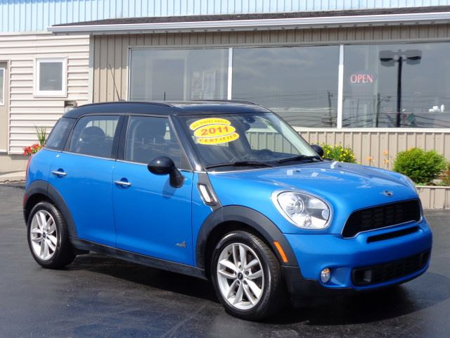 2011 MINI COOPER           in Mount Pearl, Newfoundland And Labrador