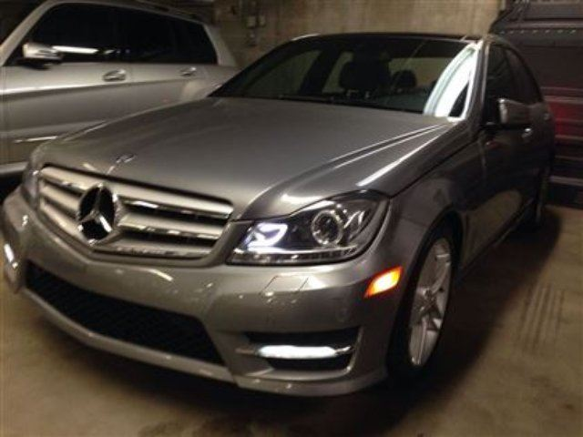 2012 mercedes benz c class base boucherville quebec car for Mercedes benz quebec