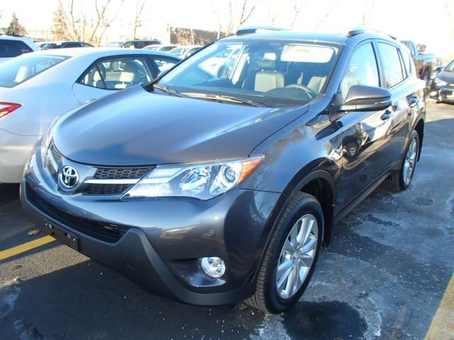 2015 toyota rav4 limited mississauga ontario used car for sale 2012951. Black Bedroom Furniture Sets. Home Design Ideas
