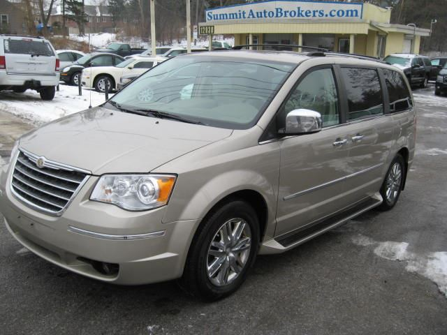 2009 chrysler town and country limited richmond hill ontario used. Cars Review. Best American Auto & Cars Review