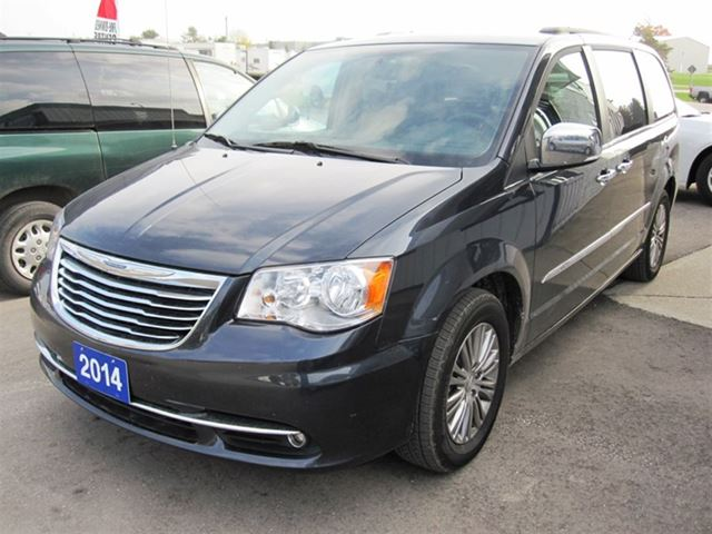 2014 chrysler town and country touring l mount forest. Black Bedroom Furniture Sets. Home Design Ideas