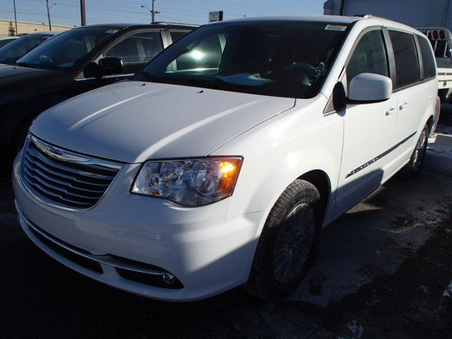 2015 chrysler town and country touring woodbridge ontario new car for sale 2026934. Black Bedroom Furniture Sets. Home Design Ideas