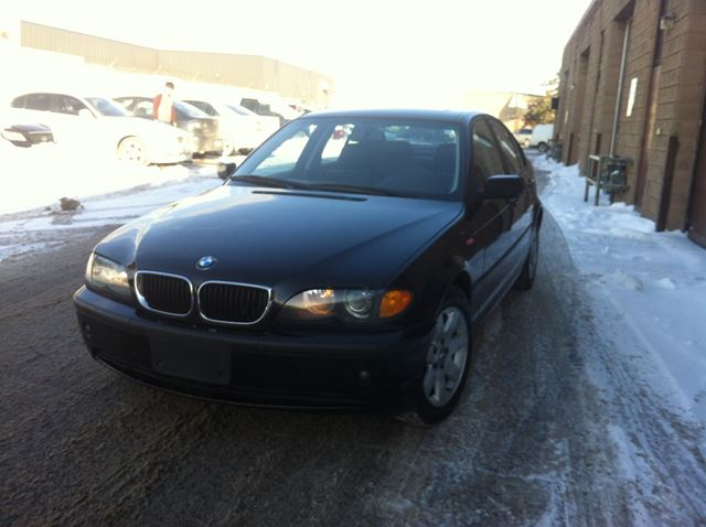 2002 bmw 3 series 325i north york ontario used car for. Black Bedroom Furniture Sets. Home Design Ideas