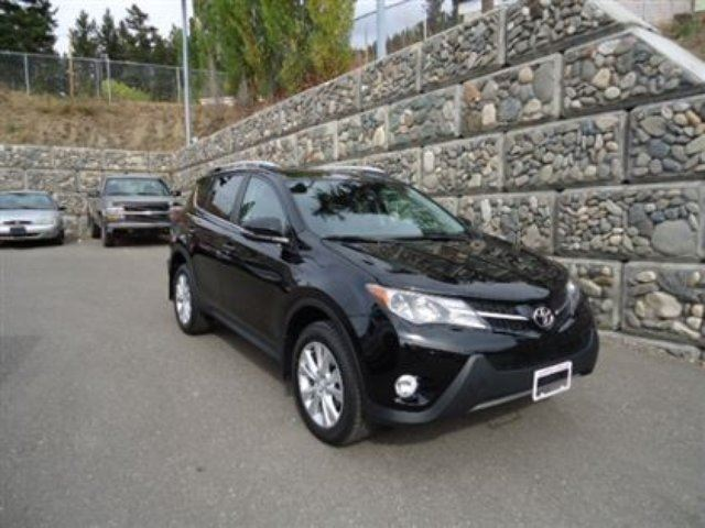2014 TOYOTA RAV4 Limited with Technology Package in Williams Lake, British Columbia