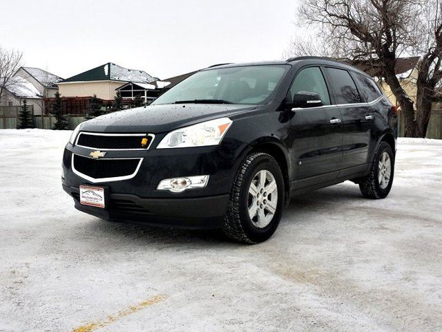 2010 chevrolet traverse 1lt all wheel drive winnipeg manitoba used car for sale 2037118. Black Bedroom Furniture Sets. Home Design Ideas