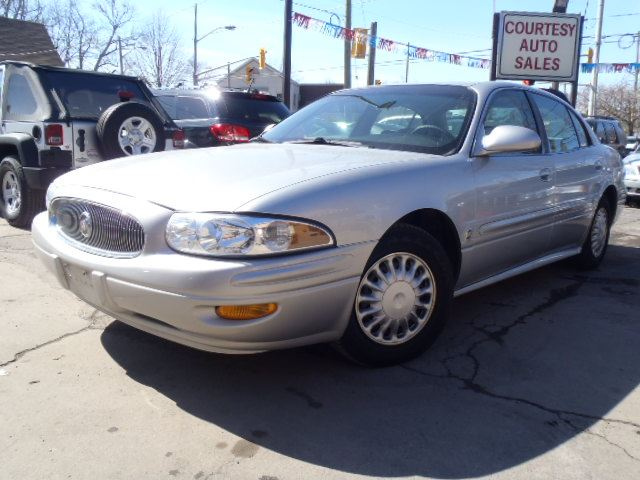 2004 buick lesabre custom silver courtesy auto sales. Black Bedroom Furniture Sets. Home Design Ideas