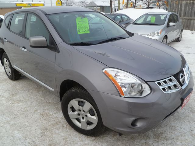2013 nissan rogue s ottawa ontario used car for sale 2043501. Black Bedroom Furniture Sets. Home Design Ideas