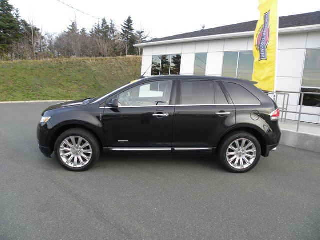 2011 LINCOLN MKS           in St John's, Newfoundland And Labrador