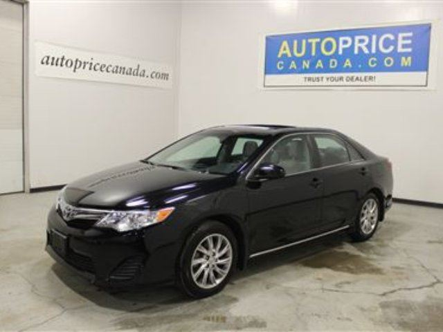 2014 toyota camry le moonroof alloys factory warranty mississauga ontario used car for sale. Black Bedroom Furniture Sets. Home Design Ideas