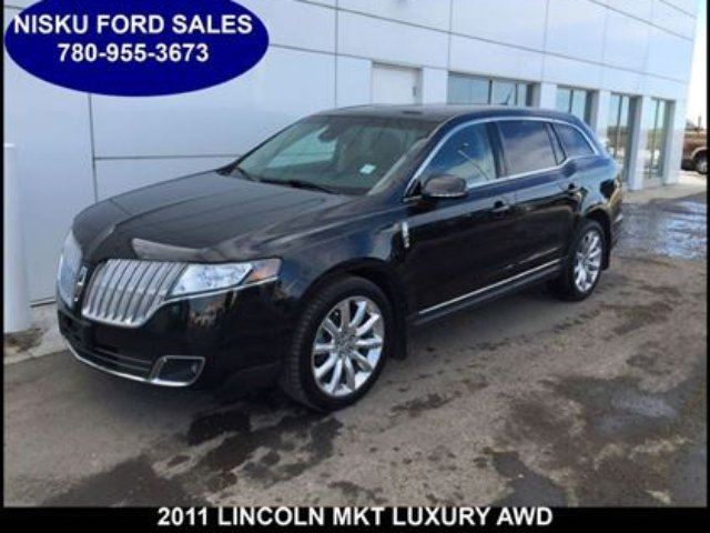 2011 LINCOLN MKT Luxury All Wheel Drive Navigation Moonroof and mor in Leduc, Alberta