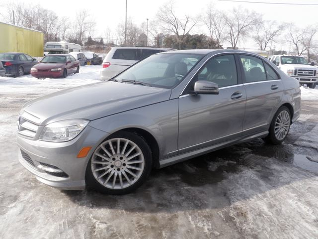 2011 mercedes benz c class c250 4matic mississauga for Mercedes benz 2011 c300 for sale