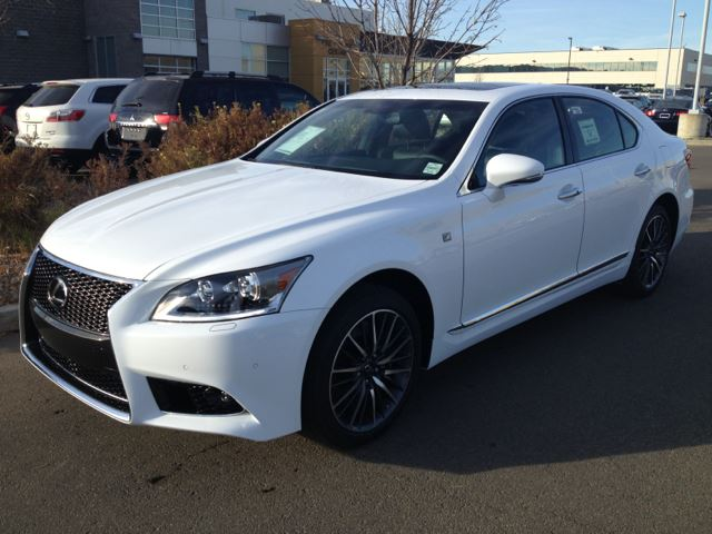 2014 lexus ls 460 edmonton alberta used car for sale 2059268. Black Bedroom Furniture Sets. Home Design Ideas