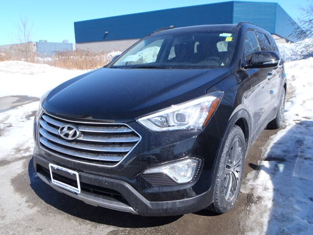 2015 hyundai santa fe luxury newmarket ontario new car for sale 2062039. Black Bedroom Furniture Sets. Home Design Ideas