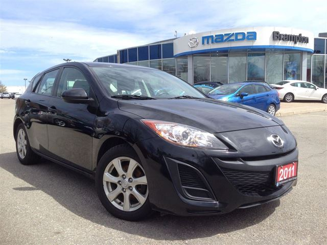 2011 mazda mazda3 sport gx lease buy out hatch brampton ontario used car for sale 2062627. Black Bedroom Furniture Sets. Home Design Ideas