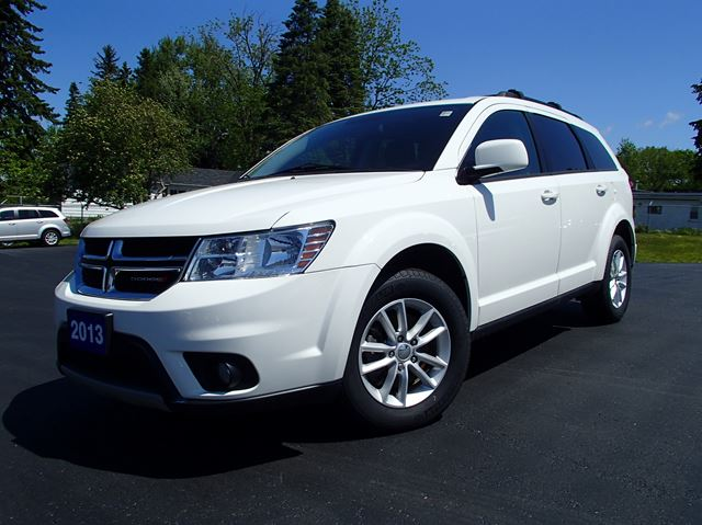 2013 dodge journey sxt white lakeridge chrysler dodge jeep. Black Bedroom Furniture Sets. Home Design Ideas